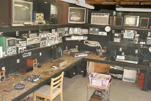 Classic Car Radio Repair Our Superequipped Shop In Prescott Rhclassiccarradiorepair: Car Radio Repair Shops At Gmaili.net